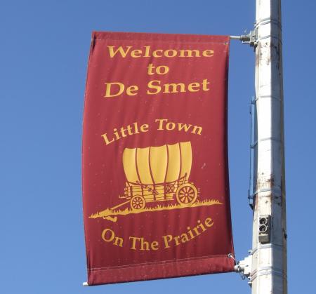 De Smet banner